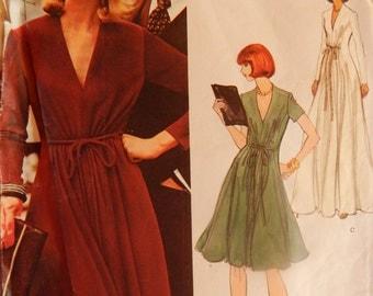 "1970s Jerry Silverman sewing pattern Vogue 1118 Evening Maxi Dress Bust 36"" (92 cm)"