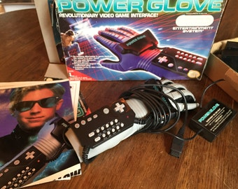 Vintage NES Nintendo Power Glove Controller in original box - excellent condition