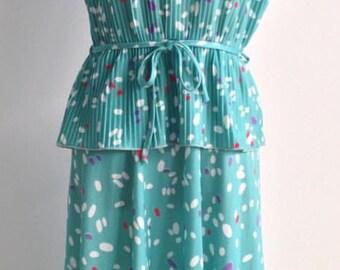 Spring Vintage Dress L,XL 14-16, Pleated Peplum