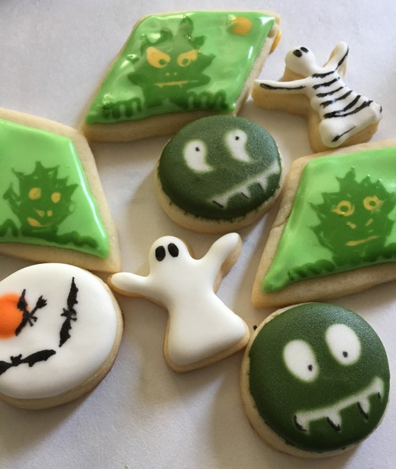 One Dozen Halloween sugar cookies