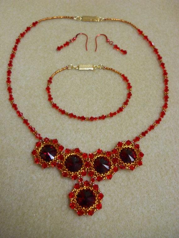 Swarovski Siam Crystal Rivoli Necklace Set w/ Gold Plated Clasp