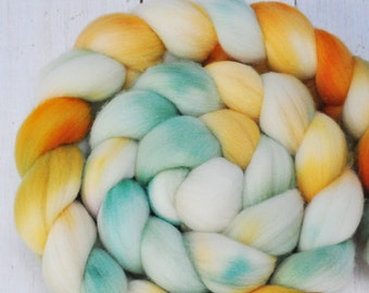 Hand Dyed Merino Top Wool Roving - Hand Painted - Spinning - Felting - Sunshine Day - 4.3 Ounces