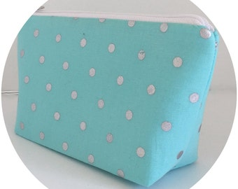 Makeup bag, blue makeup bag, cosmetic bag, zipper pouch, zipper bag, polka dot makeup bag, gift for her, (444)