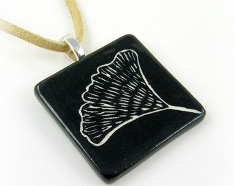 Black and White Floral Sgraffito Ceramic Pendant