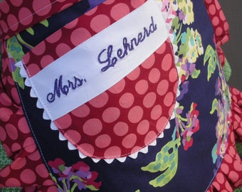 Womens Aprons - Monogramming - Embroidered Names - My Name Monogrammed on a Apron - Annies Attic Aprons - Monogramming Names on Aprons