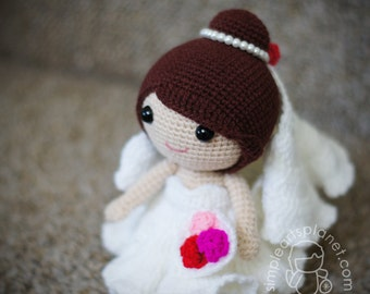 Bride Merlinda, Amigurumi Wedding Pattern