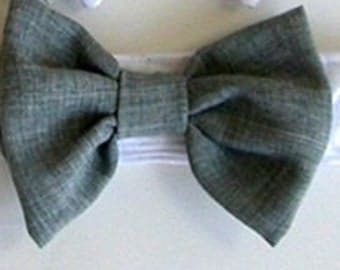 Wedding Bow Tie  for A Dog or Cat Light Gray