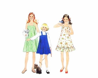 SALE 1970s Girls Dress or Jumper Simplicity 8369 Vintage Sewing Pattern Size 10 Breast 28 1/2