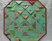 Sweet Prairie Table Topper Quilt