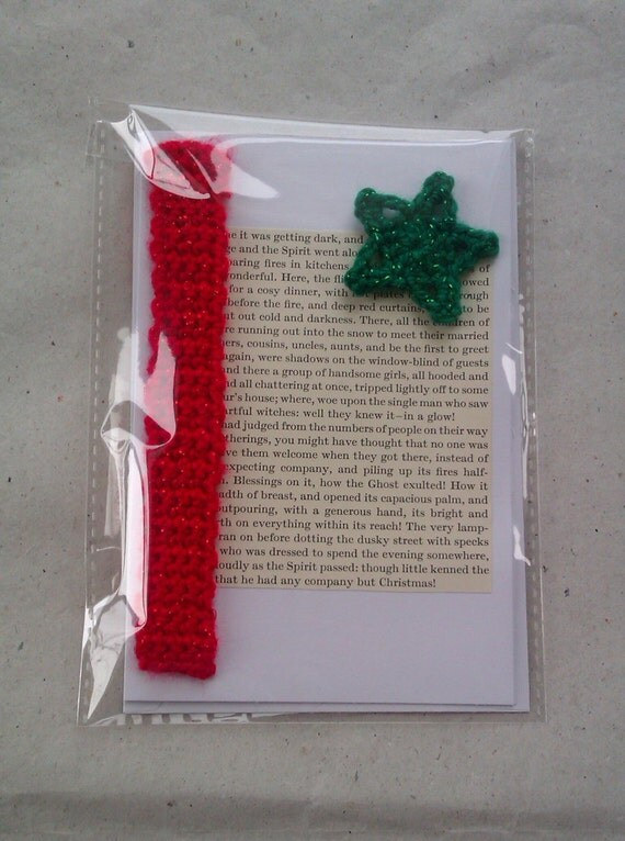 A Christmas Carol Literary Greetings Card with detachable Bookmark - red and green