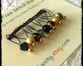 Snag Free Stitch Markers Medium Set of 8 - Gold Gray and Brown Glass Mix with Heart - M27 - Fits up to size Us 11 (8mm) Knitting Needles
