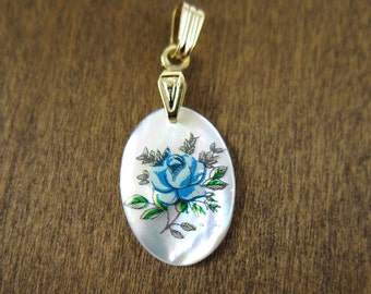 Vintage Gold Plated Mother Of Pearl Oval Charms with Blue Rose Decal (2X) (NS512)