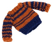 Makies rust and blue sweater