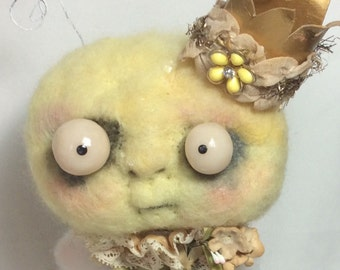 Queen BEE Ooak art doll