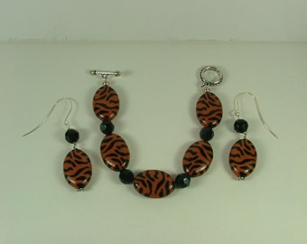 Brown Zebra print Bracelet and Earrings S-11
