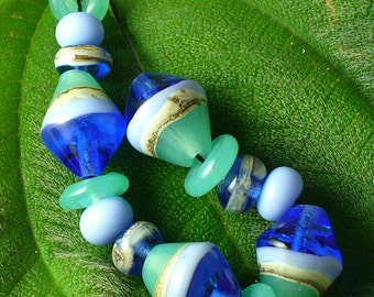 Handmade Lampwork Glass Beads by Catalinaglass SRA  Sailing on the Bay