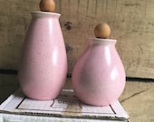 Vintage Vernonware Tickled Pink Salt and Pepper Shakers, Stoneware Shakers, Mid Century Modern, Pink Kitchen, Pink Home, Speckled