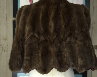 1940s fur cape 40s fur wrap Richmond furs Vintage capelet small medium Old Hollywood