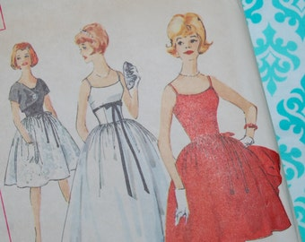 Simplicity 4474 Vintage Pattern 1950s 1960s Size 12 Bust 32 evening dress pin up party dress