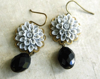 Flower Drop Earrings, Gray Flower Drop Earrings, Dahlia Dangle Earrings, Weddings, Bridesmaid, Mum, Chrysanthemum