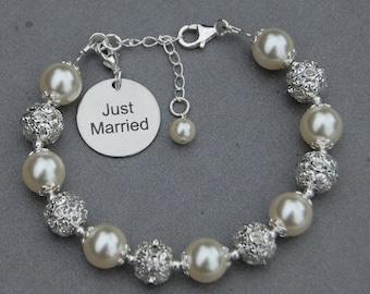 Just Married Gift, New Wife Present, Wedding Keepsake, Just Married Charm Bracelet, Brides Jewelry, Newlywed Gift, Romantic Wedding