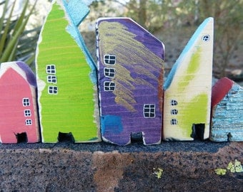 Set of 5 Wooden Houses