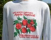 vintage 80s t-shirt hendersonville APPLE FESTIVAL north carolina long sleeve tee Large Medium fruit