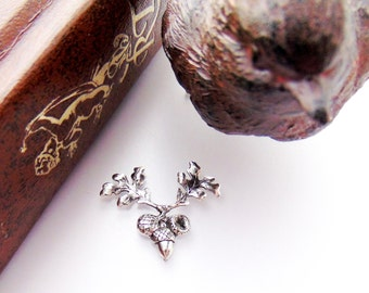SILVER 4 - Small ACORN With Oak Leaf Silver Ox Brass - Jewelry Ornament Findings (C-1308) *