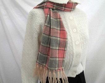 Vintage Pink Gray plaid wool Scarf 50s vintage plaid Scarf Pink fringe scarf wool winter scarf Vintage fringe muffler