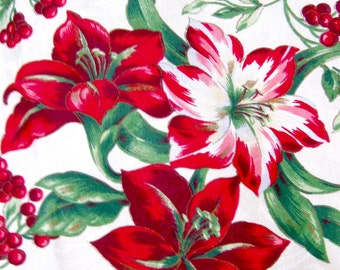 "Vintage Christmas Tablecloth - 62 x 82"" - 1980s"