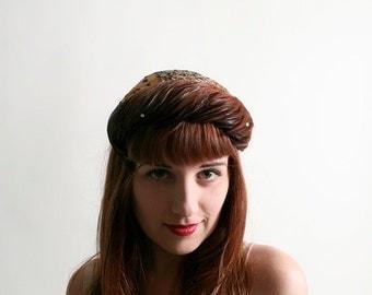 ON SALE Vintage 1950s Feather Hat - Poppy Hats New York - Rhinestone Crown
