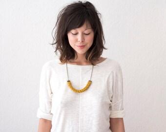 Lucy Necklace // Chunky Knit Bib Necklace // Knit U Necklace // Horseshoe Necklace