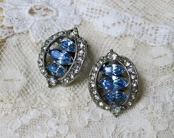 Vintage BOGOFF Light Sapphire Blue Rhinestone Earrings ... with clear white rhinestones frame