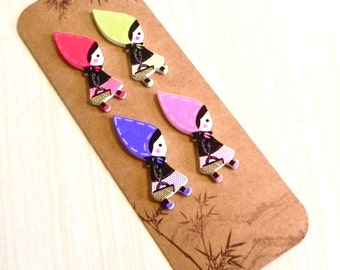 little  Red Riding Hood wooden decorative wooden buttons.
