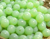 Mint Opal Czech Glass Beads Round Druk Milky 8mm (30)