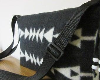 Purse Shoulder Bag Adjustable Strap Blanket Weight Black White Arrows Wool
