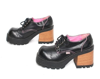 size 6.5 PLATFORM black pink 90s CHUNKY GRUNGE low cut lace up ankle boots