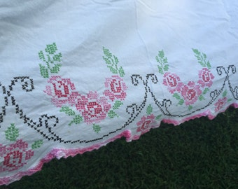 Vintage Bed Sheet Pence White