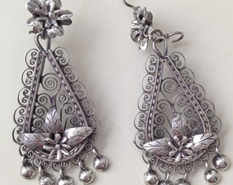 Sale Filigree earrings with flower and leaves