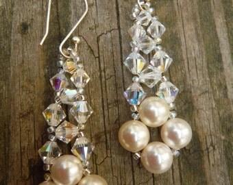 Pearl and Crystal Bridal Earrings, Cream Pearl Earrings, Ivory Pearl Earrings, Prom Earring, Bridesmaid Earrings, Wedding Jewelry