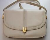 Vintage Shoulder Bag Cream Beige Faux Leather Look Handbag LaModa Smart Chic 80s 1980s