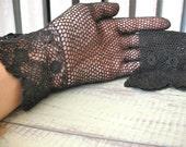 Lady Spy | Vintage 1940s Black Crochet Gloves Mesh Gloves - Rosette Floral Cuff