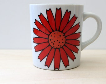 1960s coffee mug, red floral mod design.