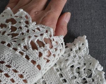 Lace crochet wristies, wristlets, cotton, P493