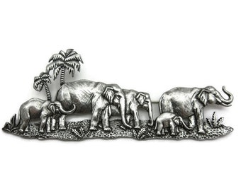 Elephant Brooch - Vintage Jewelry, JJ Costume Jewelry, Large