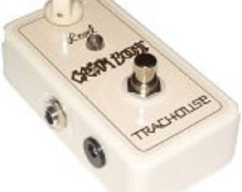Trachouse Cream Boost Pedal (Hand wired PTP)