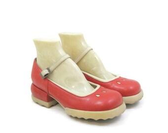 Vintage 90s Fluevog Shoes Red Mary Jane F-shoes platform rubber soles Chunky heel 7 6.5