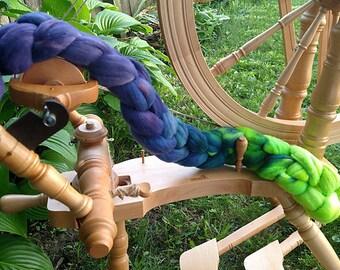 Gradient Roving Merino Wool Hand Dyed Lavender Fields 1 - 4.1 oz