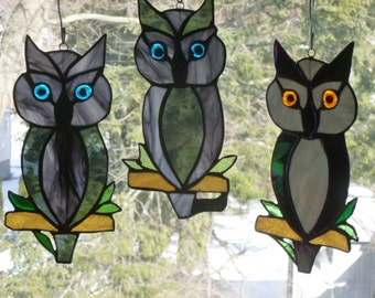Owl Stained Glass  in Glorious Grays Sun catcher Light catcher