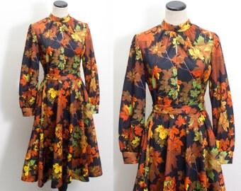 VTG 60's Fall Leaves Skater Dress (Large) Novelty Print Maple Leaves Scooter Day Dress Full Skirt Long Sleeves Keyhole High Neck Vintage